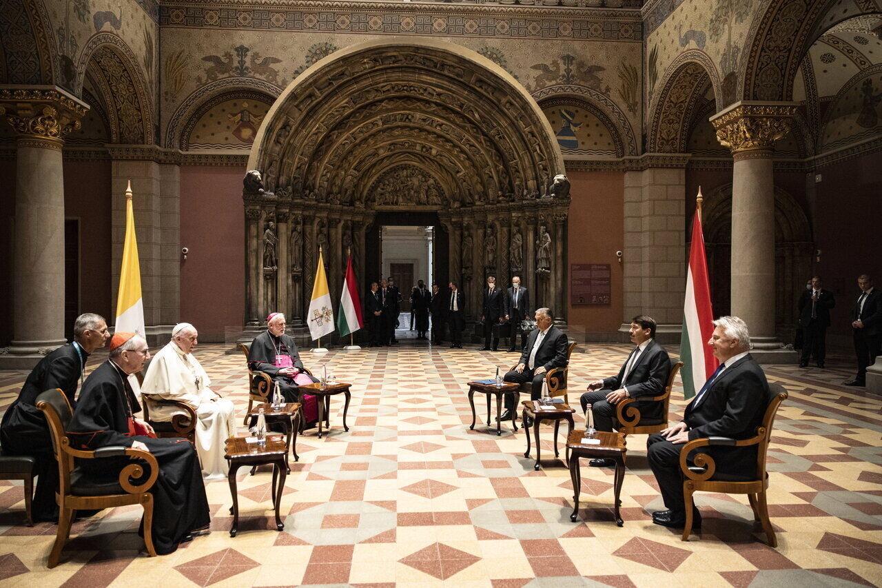 Pope-Francis-Closing-Mass-9