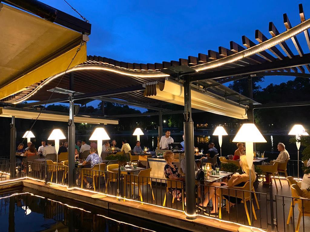 Robinson Budapest restaurant