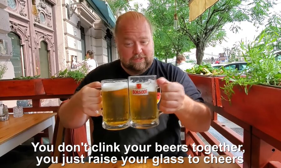 hungary_budapest_drink_food