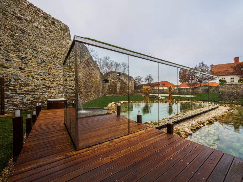 Platan-Tata-Mirror-Spa-Varrosedign-Hungary