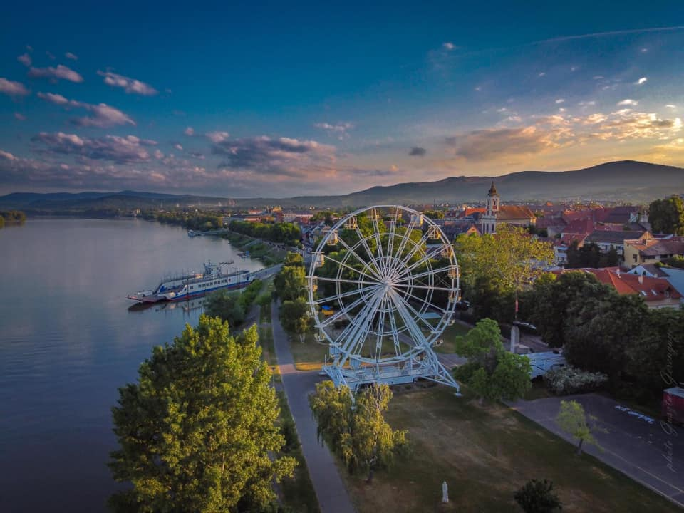 Vác Ferris Wheel